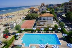 Vue de l'hôtel Atlantic de Viserbella de Rimini