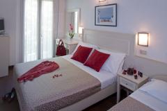 Chambre de l'hôtel Fra I Pini de Viserbella de Rimini