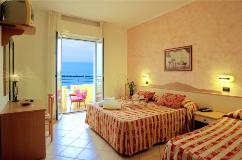 Chambre de l'hôtel Palos de Viserbella de Rimini
