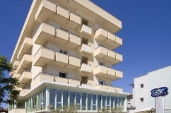 Vue sur l'hôtel Palos de Viserbella de Rimini