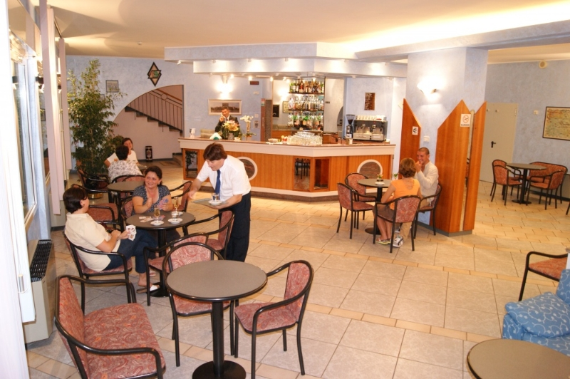 Hotel atlantic viserbella hotels h tels rimini for Hotel trois etoiles