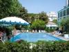 hotel-dasamo-trois-etoiles-viserbella-avec-piscine-jardin-ombrage