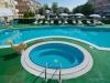 hotel-fra-i-pini-rimini-trois-etoiles-piscine-jacuzzi-jardin