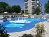 hotel-fra-i-pini-trois-etoiles-rimini-avec-piscine-jacuzzi-solarium-jardin