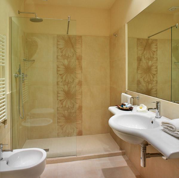 Hotel life viserbella hotels h tels rimini c te for Bagno 3 stelle pinarella